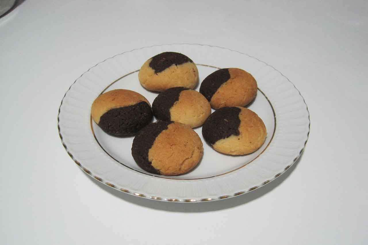 Cocoa Butter Cookies